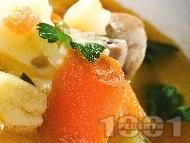 Постна чорба с гъби, моркови и картофи